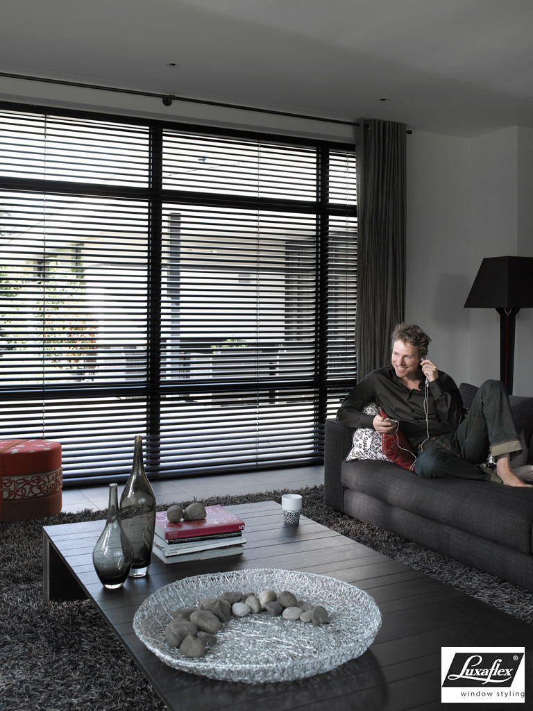 stores venitien verrier stores et f netres. Black Bedroom Furniture Sets. Home Design Ideas